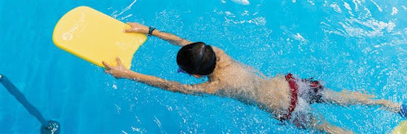 לימוד שחייה לילדים פרטני וקבוצתי