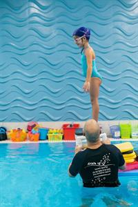 חוג שחיית ילדים שי במים